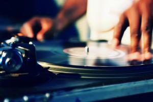 DJ-Turntable-Free-Pc-Wallpaper-Downloads
